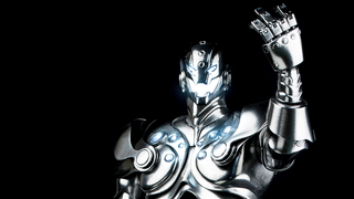 Illustration for article titled A Better Look At ThreeA's Ultron Figure Reveals A Gloriously Shiny Robot