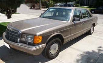 Illustration for article titled Nice Price Or Crack Pipe: $15,500 For A 1989 Mercedes-Benz 420SEL?