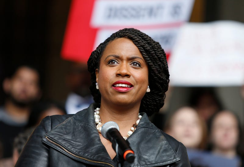 Illustration for article titled Ayanna Pressley Opposes Increased ICE Funding: 'They've Proven Themselves Corrupt'