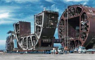 Algunas de las máquinas más grandes jamás transportadas por carretera
