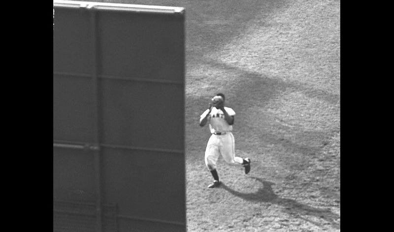 Illustration for article titled To Celebrate Willie Mays's 80th, Here's A Rare Photo Of The Catch
