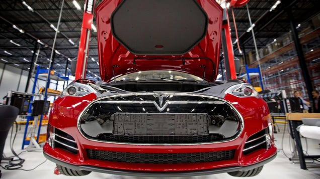 Trump s Latest Inflated Claim: Automakers Are Making Emergency Ventilators  Right Now