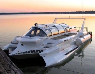 Illustration for article titled Submarine-Powerboat Hybrid Soon To Be On Sale For $3.5 Million