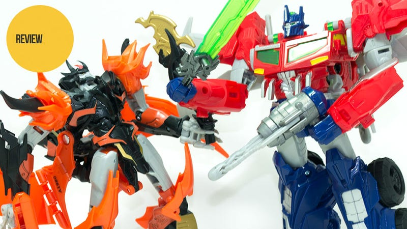 Illustration for article titled The New Beast Wars Begin with Optimus Prime and Predaking