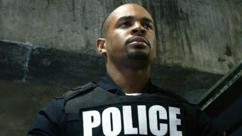 Wayans in Let's Be Cops, in which he also pretended to be a policeman.