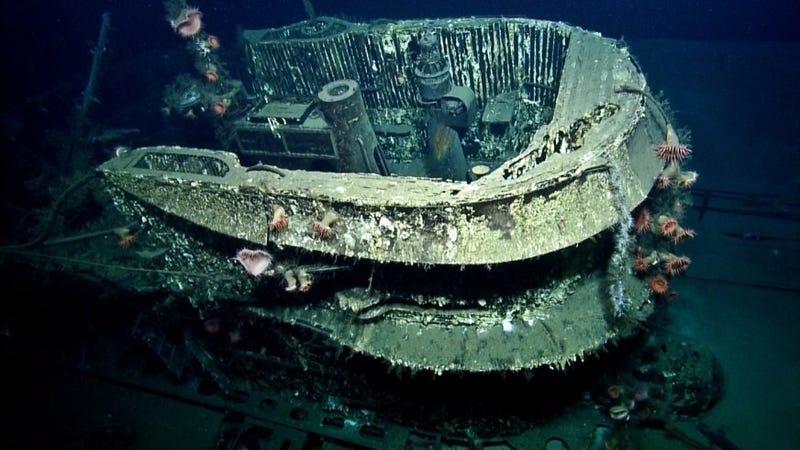 Spooky underwater photos reveal Nazi submarine off the ...