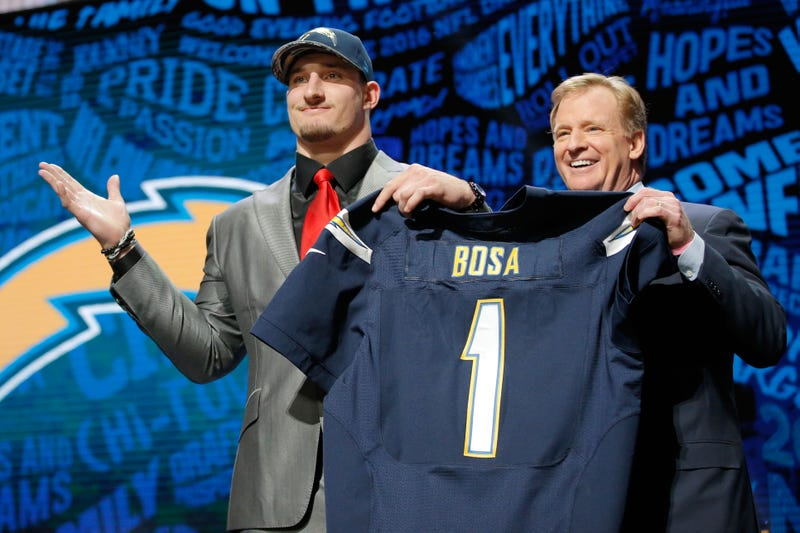 Chargers announce they've signed Joey Bosa to 4-year deal