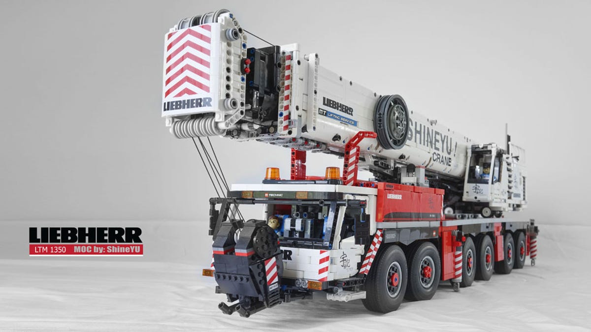 Fully Functional Mobile Crane Shames Everything Youve Ever Built
