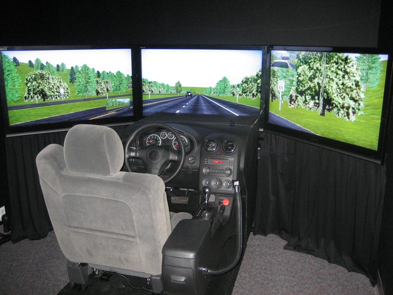 Illustration for article titled Using simulators in driver education