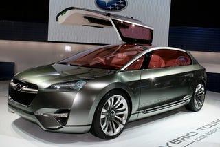 Illustration for article titled Subaru Hybrid Tourer Concept Flies Economically At Tokyo