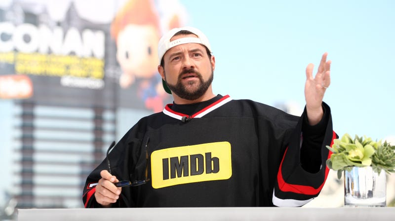 "Illustration for article titled Kevin Smith says he's working on a ""massive"" mystery project"