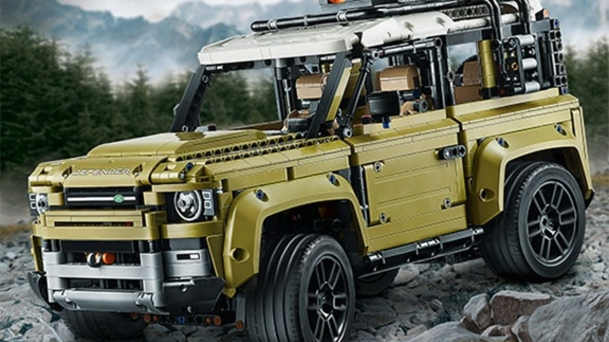 Sure Looks Like Lego Leaked a 2020 Land Rover Defender Two-Door