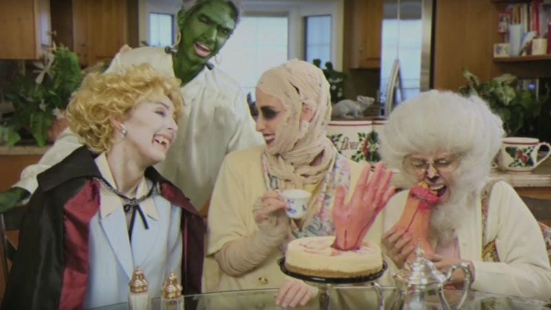 Illustration for article titled Spooky Golden Girls parody thanks you for being a fiend