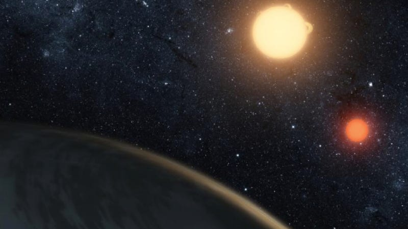 Illustration for article titled Here's how you can spot the twin suns of Tatooine-like planet Kepler-16b