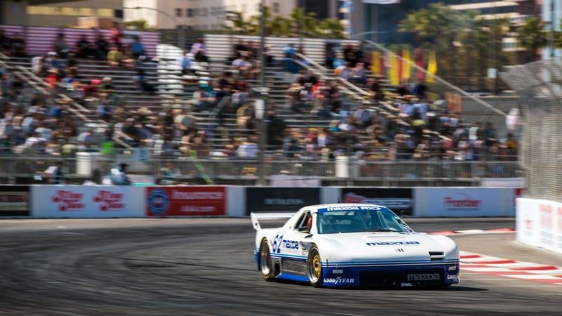 Illustration for article titled Gaze in Awe as This Guy Races a 600 Horsepower Blender Around the Long Beach Street Circuit