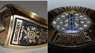 Illustration for article titled Jerry Sandusky's 1986 National Championship Ring Is Available Right Now On EBay