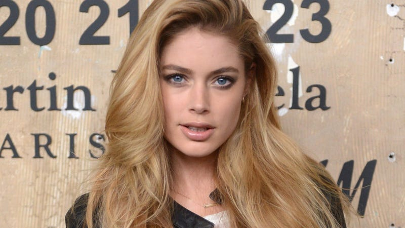 Doutzen Kroess Leaked Cell Phone Pictures