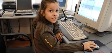 Illustration for article titled 8-Year-Old Macedonian Boy Becomes Youngest Microsoft-Certified IT Professional
