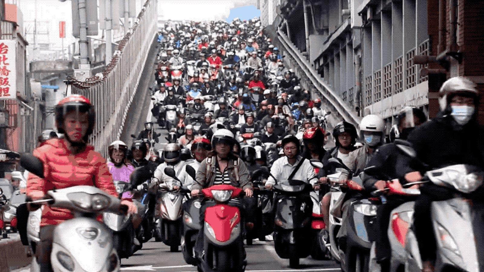 No es Photoshop, este es el aspecto real de un día normal de tráfico en Taiwán