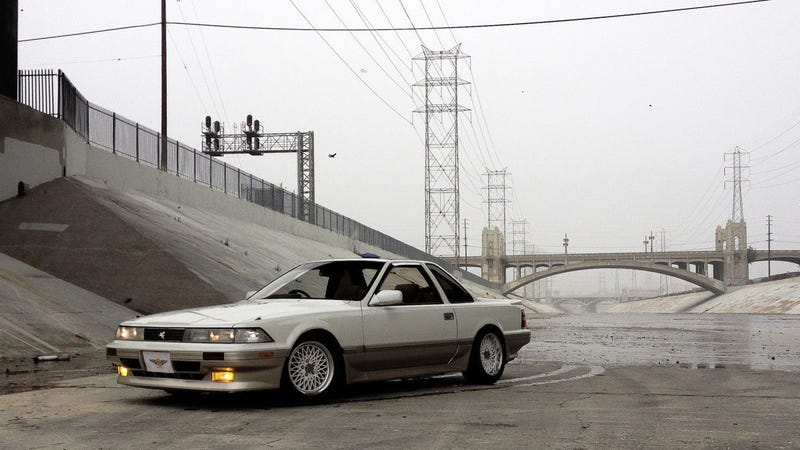 Illustration for article titled The Toyota Soarer Aerocabin Is The Ultimate In Open Air Rad Rides