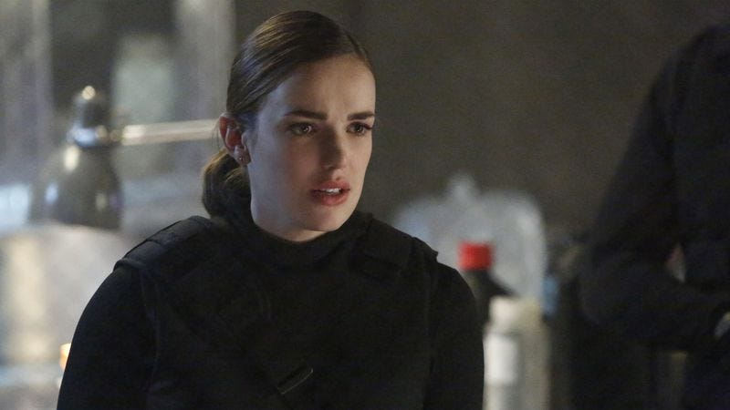 Elizabeth Henstridge as Jemma Simmons on Marvel's Agents Of S.h.I.E.L.D.