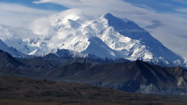 Even Snopes Is Exasperated With Dumb Mt. McKinley/Denali Conspiracy Theories
