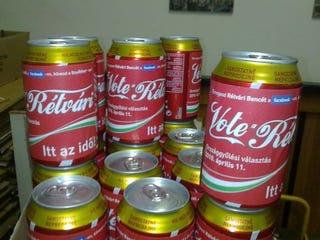 """Illustration for article titled A KDNP-tól lopta a Coca-Cola az """"új"""" kampányát"""