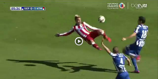 Illustration for article titled Antoine Griezmann Scored An Acrobatic Scissor Kick Because He's Amazing