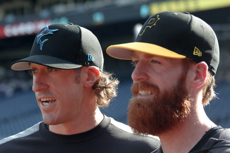 Illustration for article titled Brian Moran Makes MLB Debut, Immediately Strikes Out His Brother