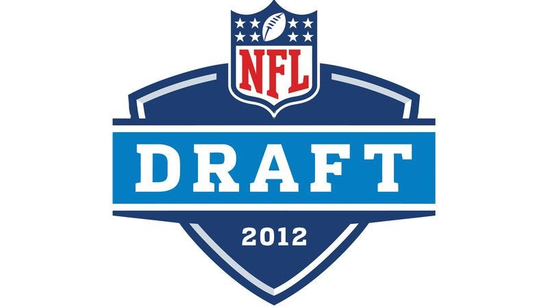 Illustration for article titled NFL Panics When Only 17 Prospects Declare For Draft