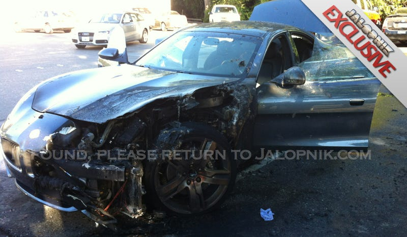Illustration for article titled Exclusive: Fisker Karma Hybrid Sets Itself On Fire And Burns While Owner Gets Groceries