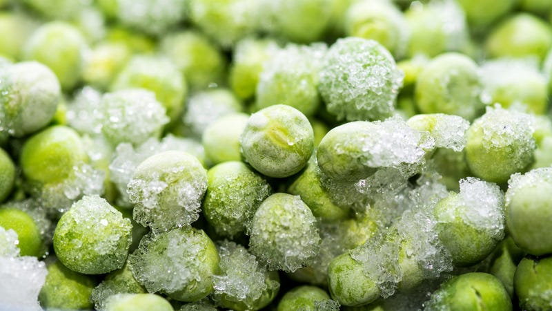 Illustration for article titled Give Your Kid Who Hates Vegetables Some Frozen 'Pea-sicles' Instead