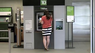 Illustration for article titled Jótetteket vitt véghez egy kanadai ATM
