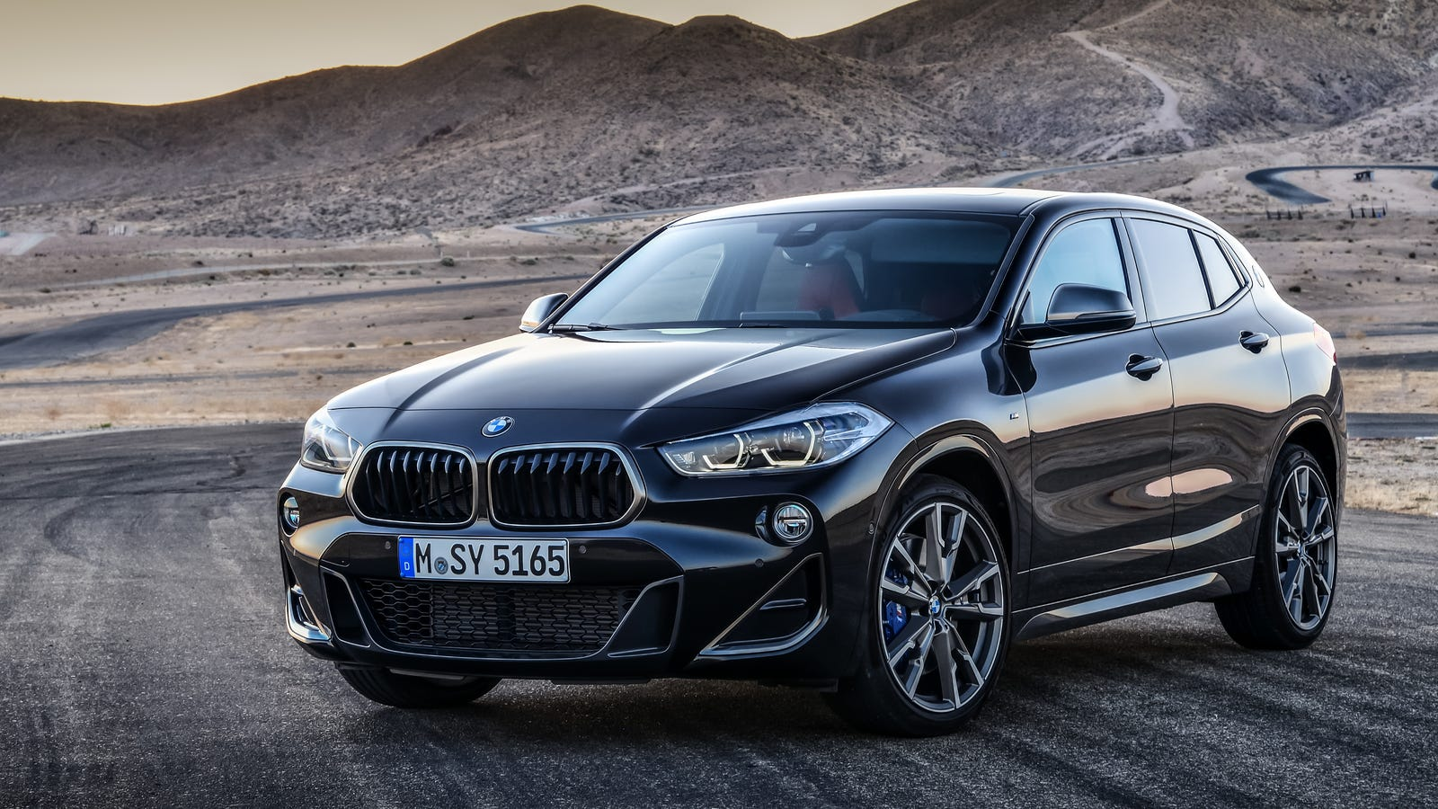 the 302 hp 2019 bmw x2 m35i gets bmw 39 s most powerful four cylinder ever. Black Bedroom Furniture Sets. Home Design Ideas