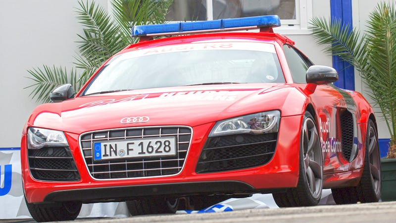 Illustration for article titled The Audi R8 cop car of our dreams