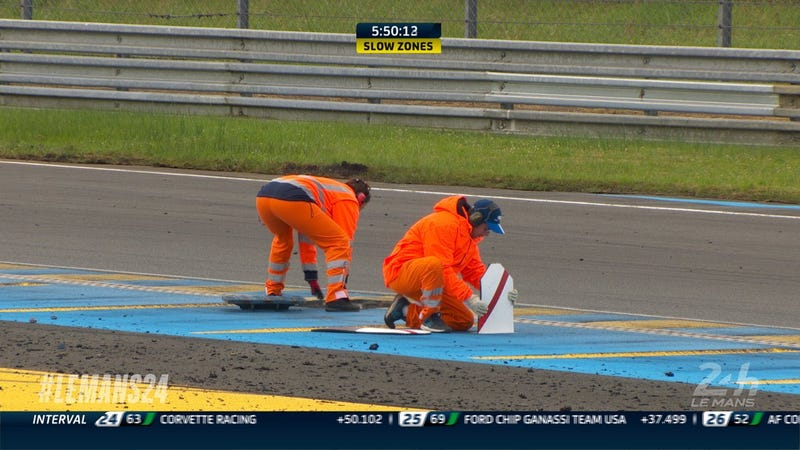 Illustration for article titled Loose Drain Cover Pauses The 24 Hours Of Le Mans To Put The Track Back Together