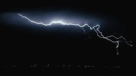 c15539e612886 Qué ocurre realmente cuando un cuerpo humano es electrocutado (y de qué  depende que sigas con vida)