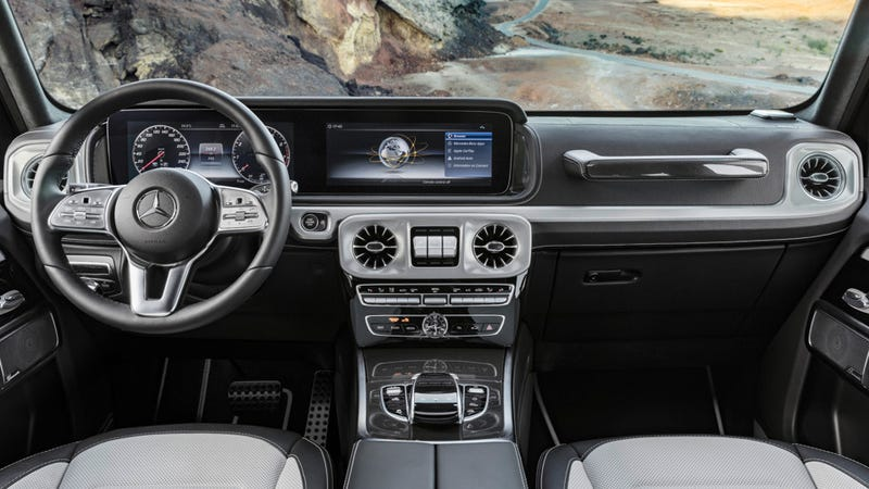 Mercedes-Benz G-Class interior revealed