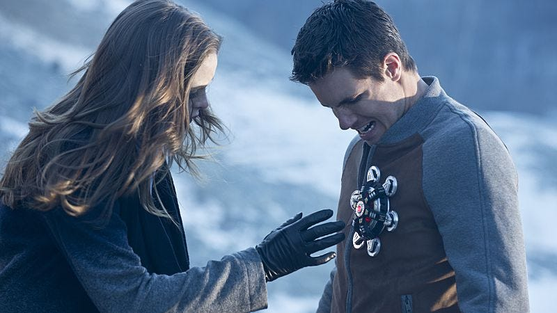 Danille Panabaker, Robbie Amell/The CW