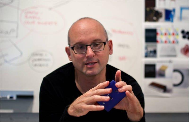 "Illustration for article titled Scott Croyle, jefe diseño HTC: ""la gente quiere algo más que plástico"""