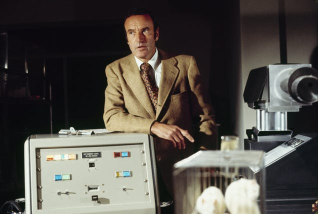 Richard Anderson in The Six Million Dollar Man, 1974 (Photo by ABC Photo Archives/ABC via Getty Images)
