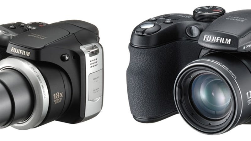 Fujifilm 39 s s1000fd and s8100fd ultra zoom pro sumer for Fujifilm s8100fd prix