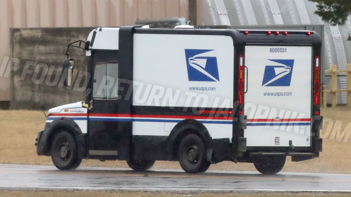 This New USPS Mail Truck Prototype Looks Uhhh…