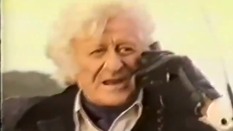 The Doctor partakes in an altogether different mobile telephone in this delightful ad.