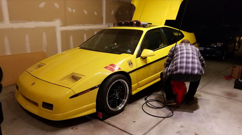 Illustration for article titled A Michigan Man is Fixing His Late Father's Highly-Modified Pontiac Fiero and I'm Going to Help Him