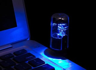 Illustration for article titled Glowing Vacuum Tube Is Actually a USB Sound Card