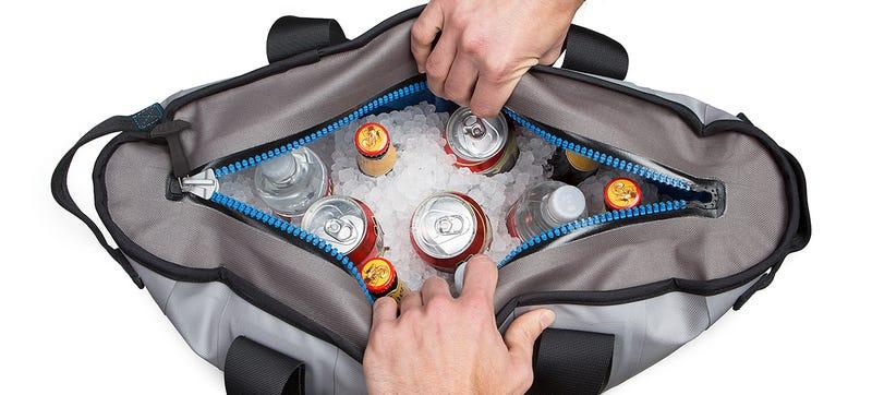 Illustration for article titled A Shoulder Bag Cooler That Can Keep Ice Frozen For Days