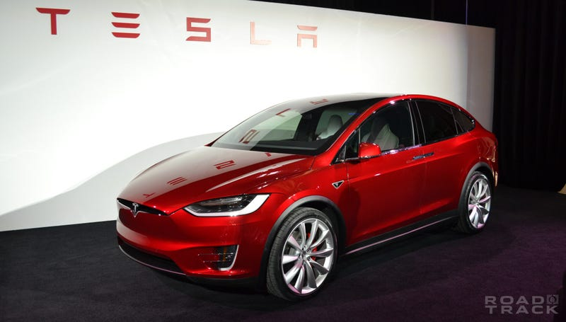 Illustration for article titled The Tesla Model X Is a Disappointment