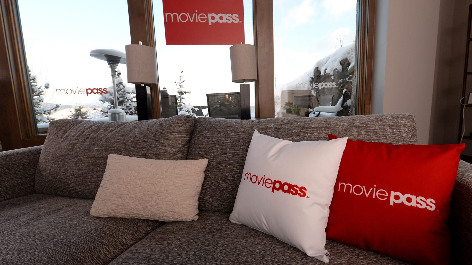 MoviePass, desperate to get back together, is bringing back the unlimited plan