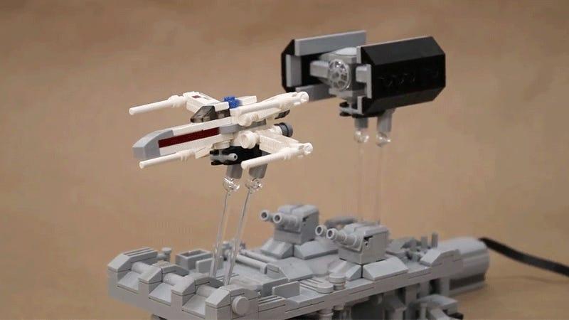 I'm Hypnotized by This Animated Lego Star Wars Desk Toy